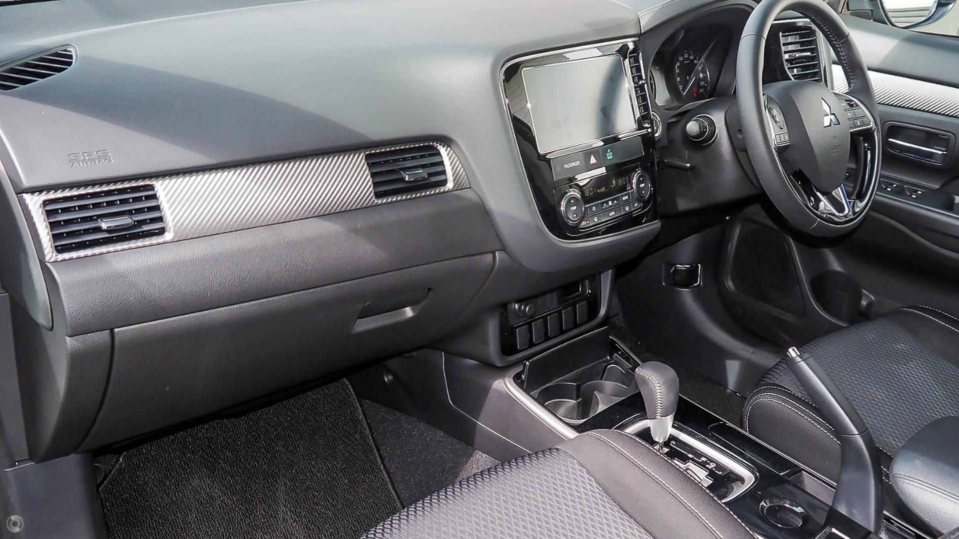 2018 Mitsubishi Outlander Ls