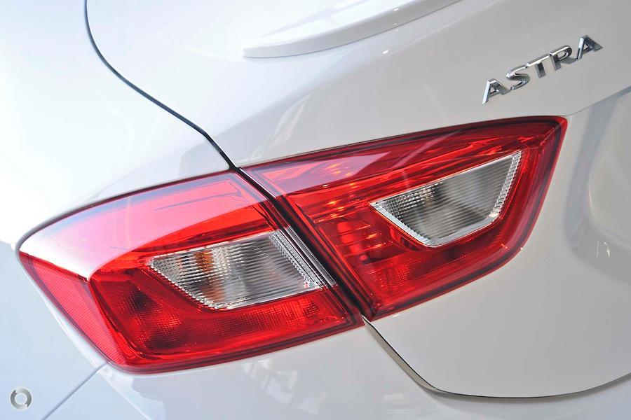 2018 Holden Astra LTZ BL