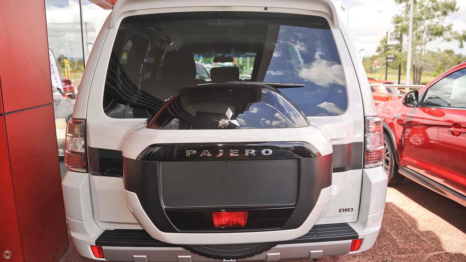 2017 Mitsubishi Pajero GLX NX