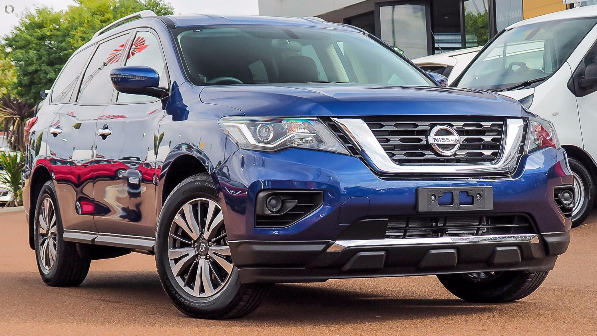 2017 Nissan Pathfinder St