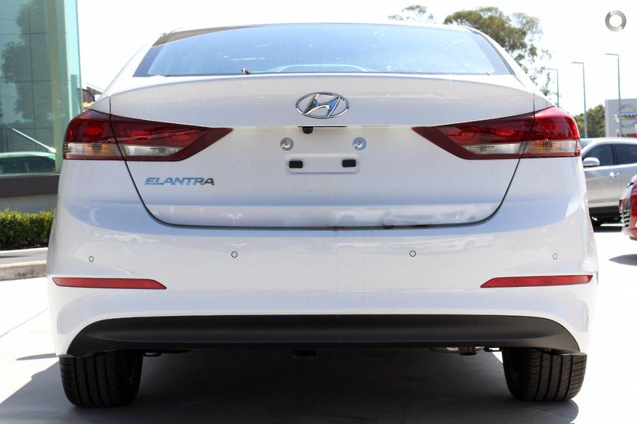 2017 Hyundai Elantra Elite AD
