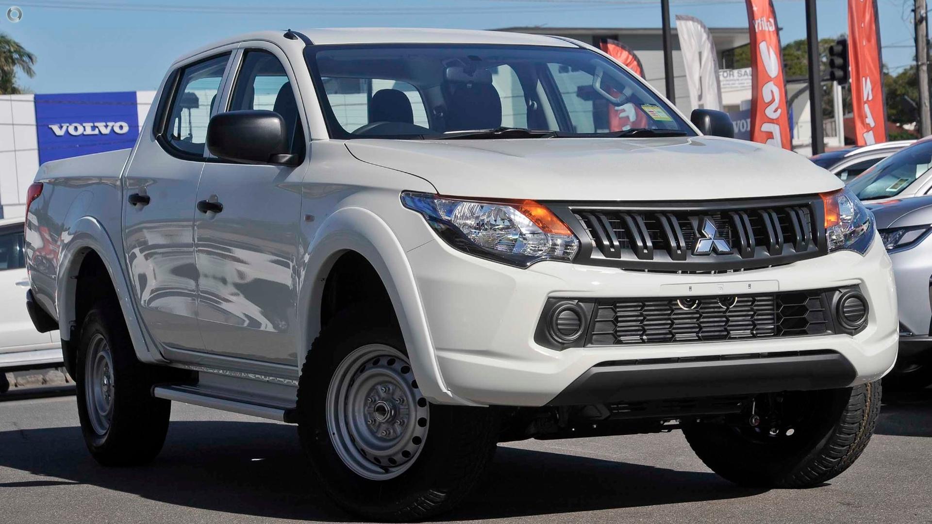 2017 Mitsubishi Triton Glx