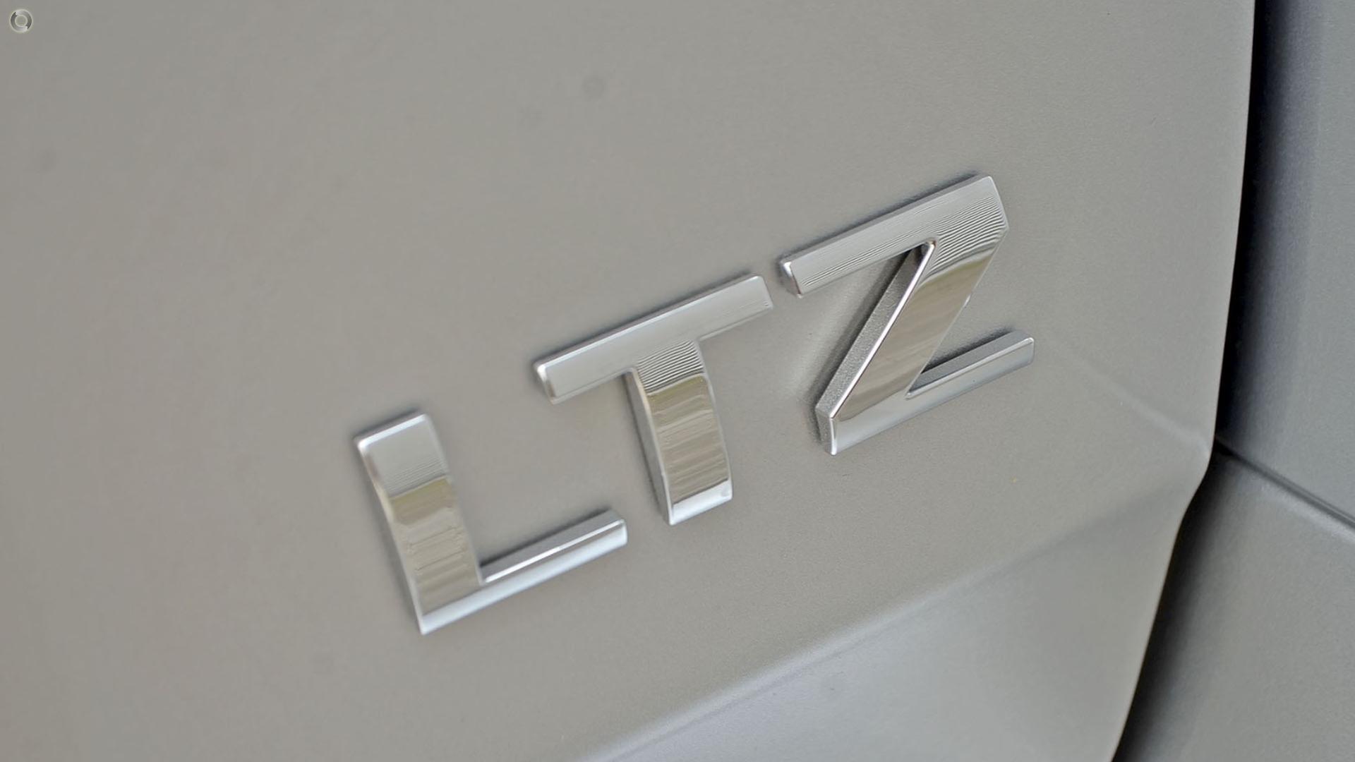 2017 Holden Captiva Ltz