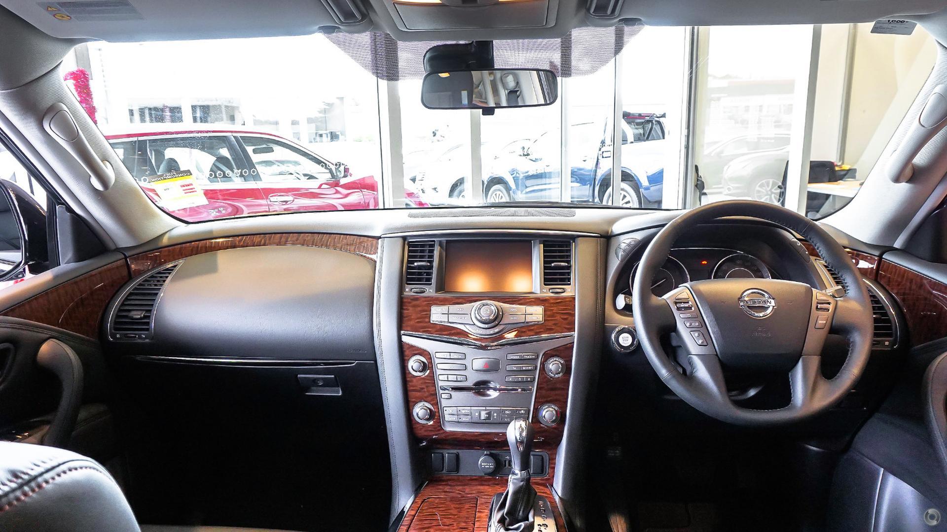 2017 Nissan Patrol Ti Y62 Series 4