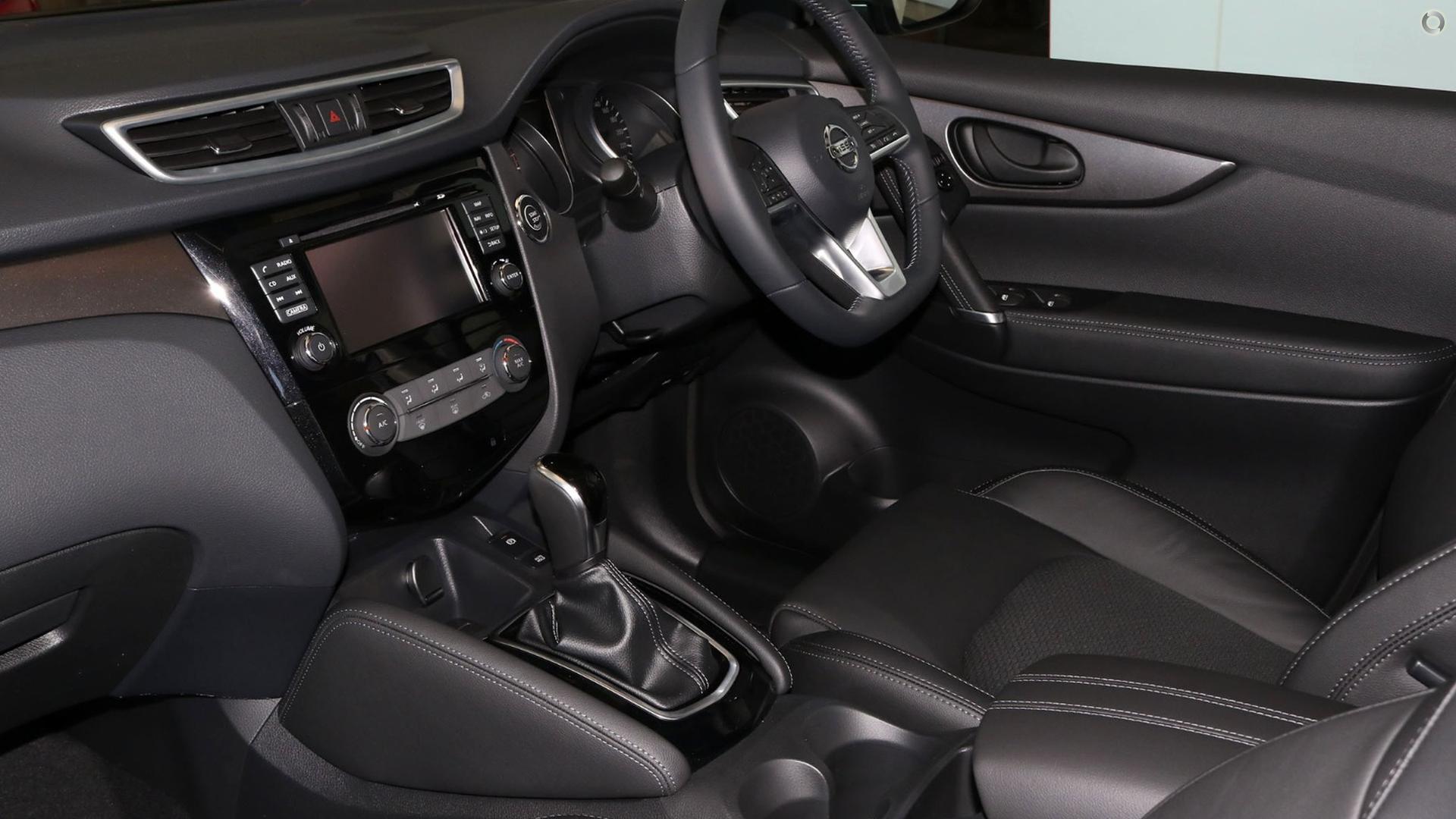 2017 Nissan Qashqai ST-L J11 Series 2