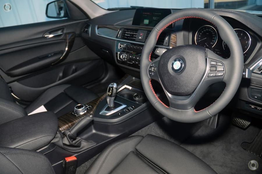 2017 BMW 118i Sport Line