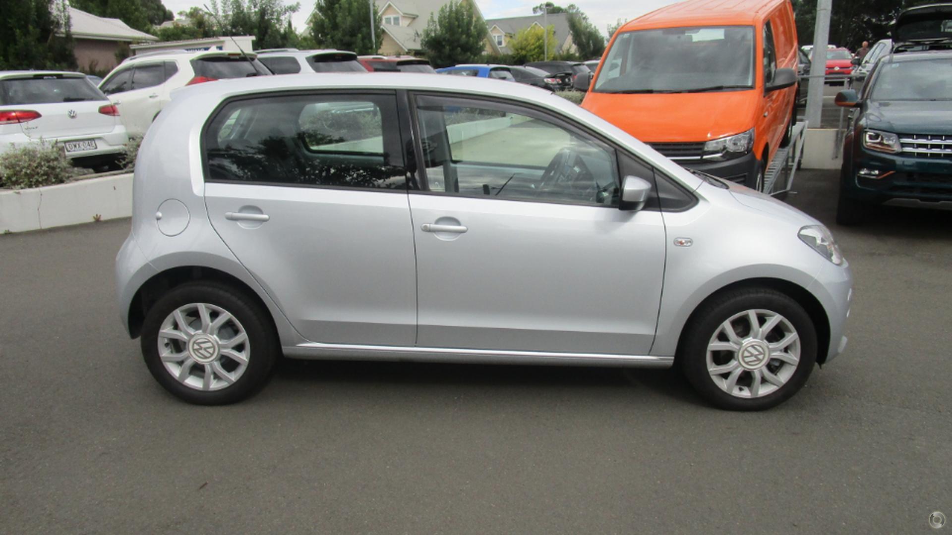2013 Volkswagen Up!  (No Series)