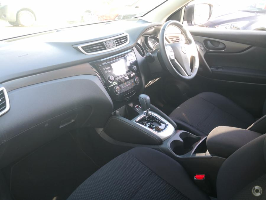 2016 Nissan QASHQAI ST