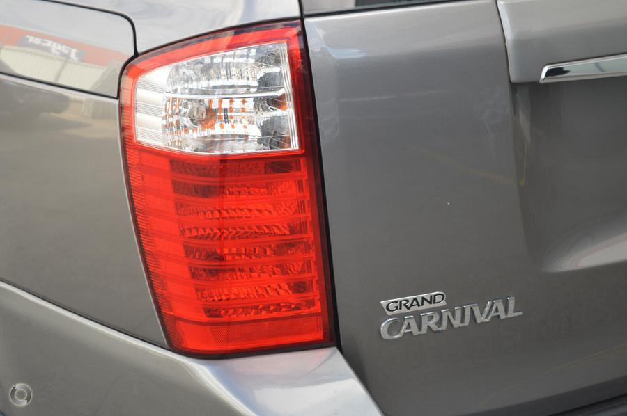 2010 Kia Grand Carnival Si VQ