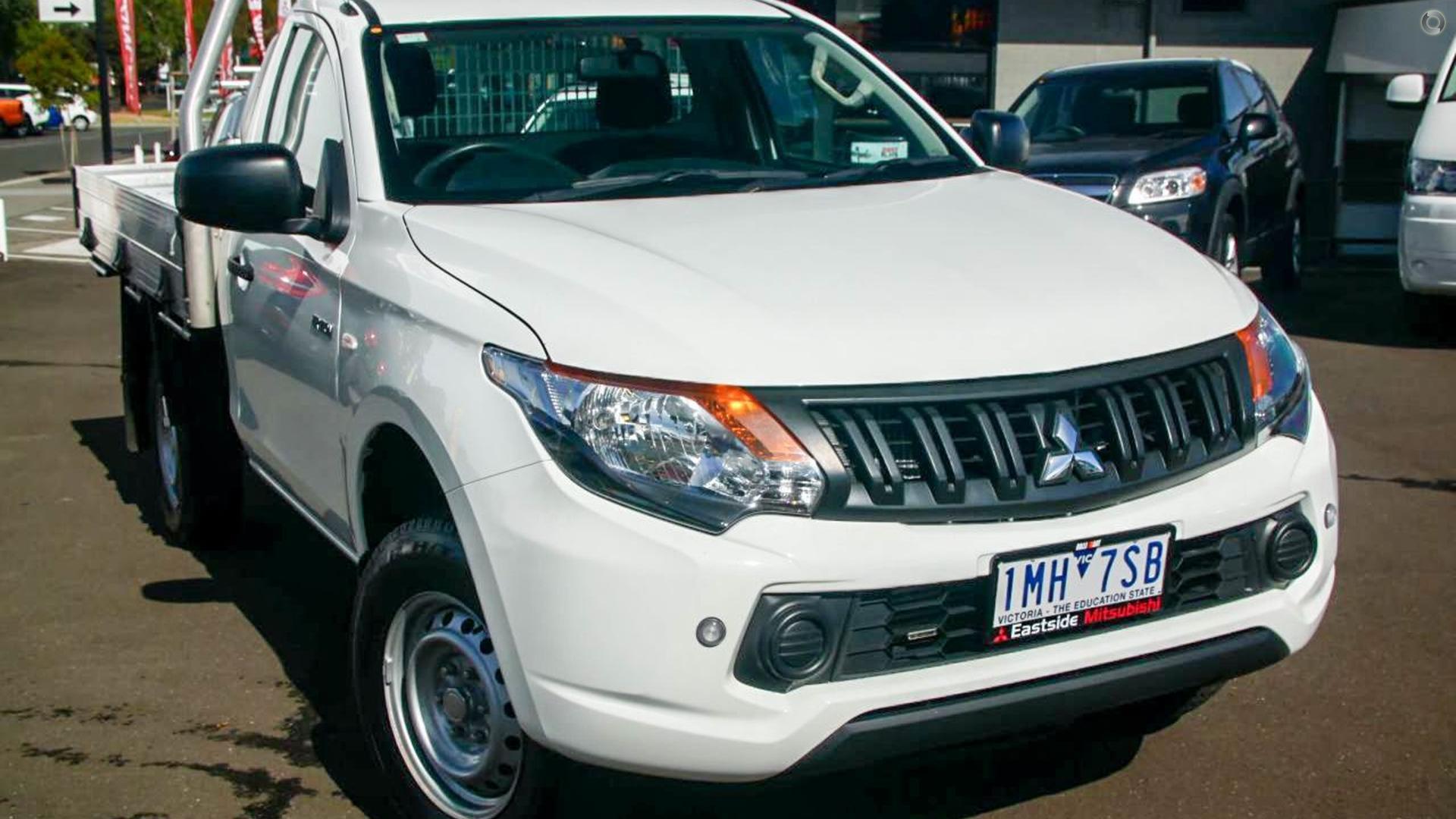 2016 Mitsubishi Triton Glx