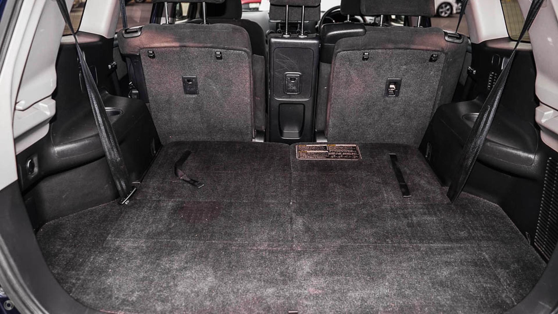 2013 Toyota Kluger KX-R GSU45R