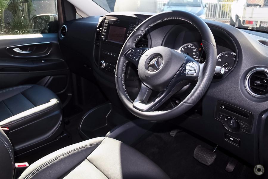 2016 Mercedes-Benz VALENTE Wagon