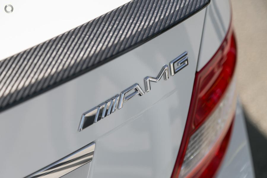 2010 Mercedes-Benz C 63 Sedan