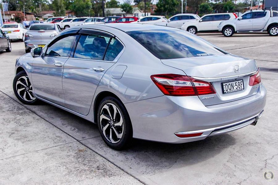 2016 Honda Accord VTi 9th Gen