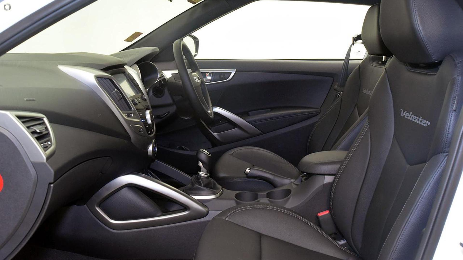 2017 Hyundai Veloster  FS5 Series II
