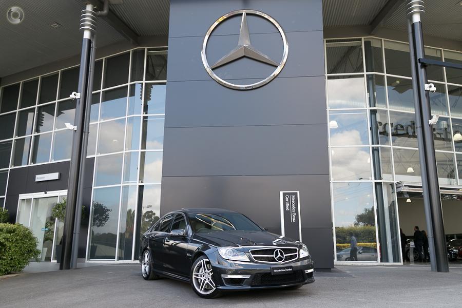 2011 Mercedes-Benz C 63 Sedan