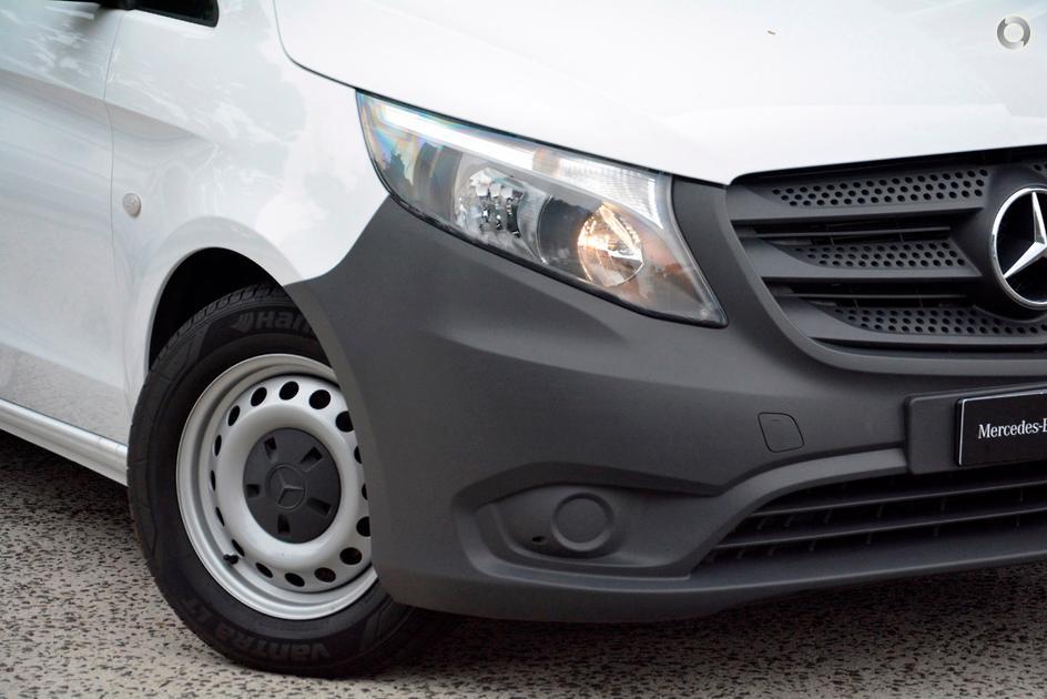 2015 Mercedes-Benz VITO Van