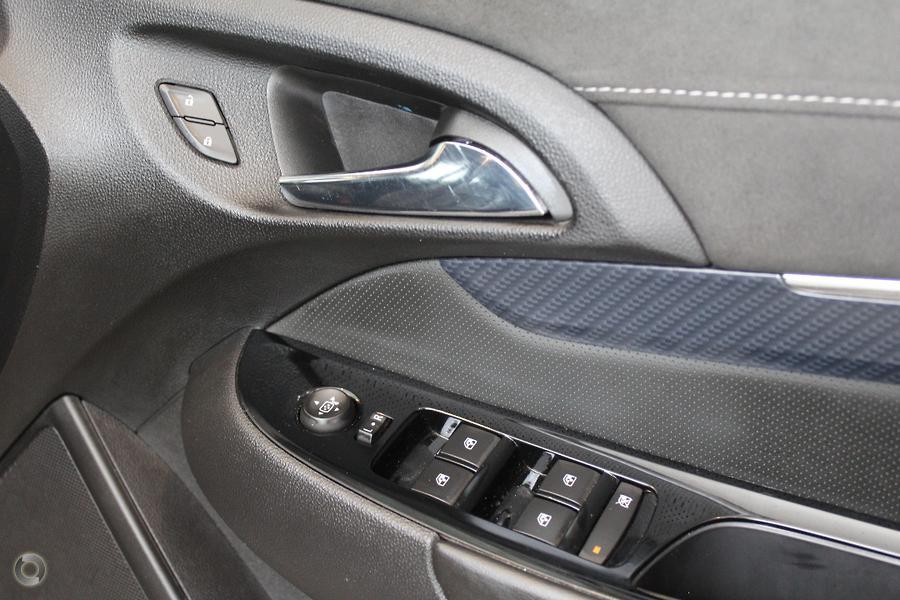 2015 Holden Commodore SS V Sandman VF