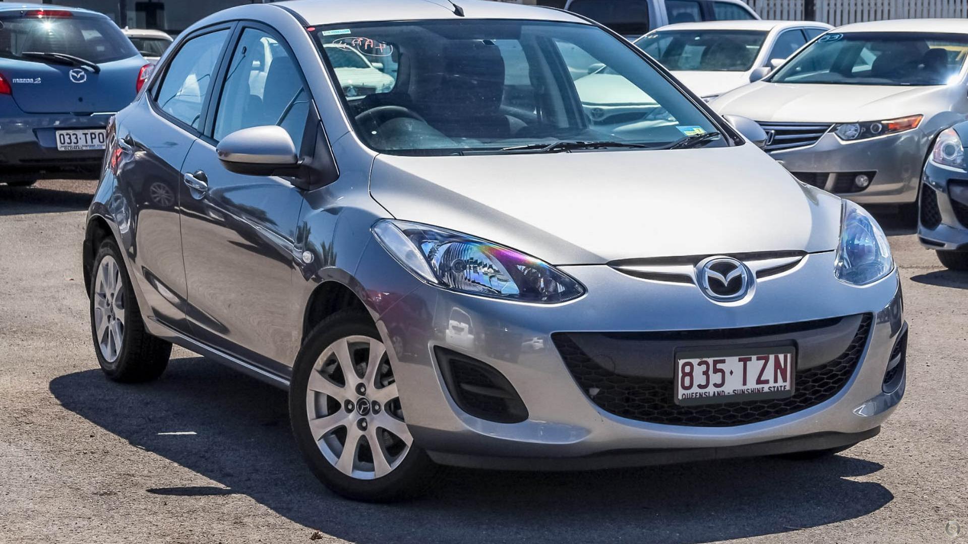 2014 Mazda 2 Neo Sport