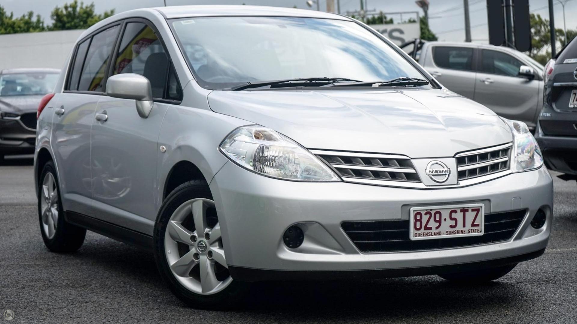 2012 Nissan Tiida St