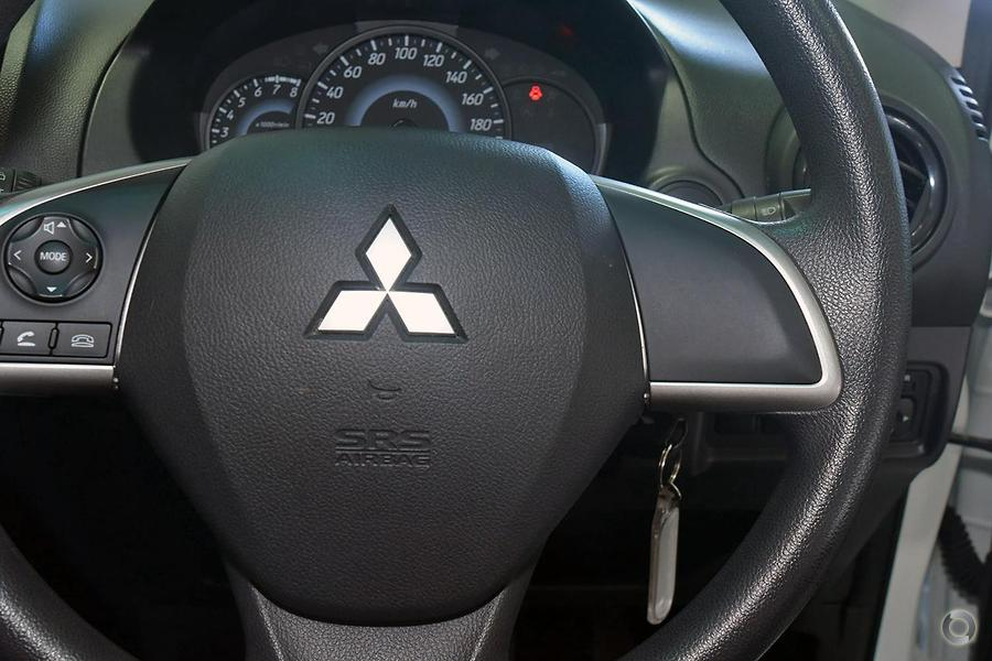 2015 Mitsubishi Mirage ES LA