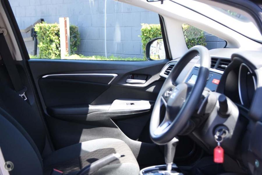 2016 Honda Jazz VTi GF