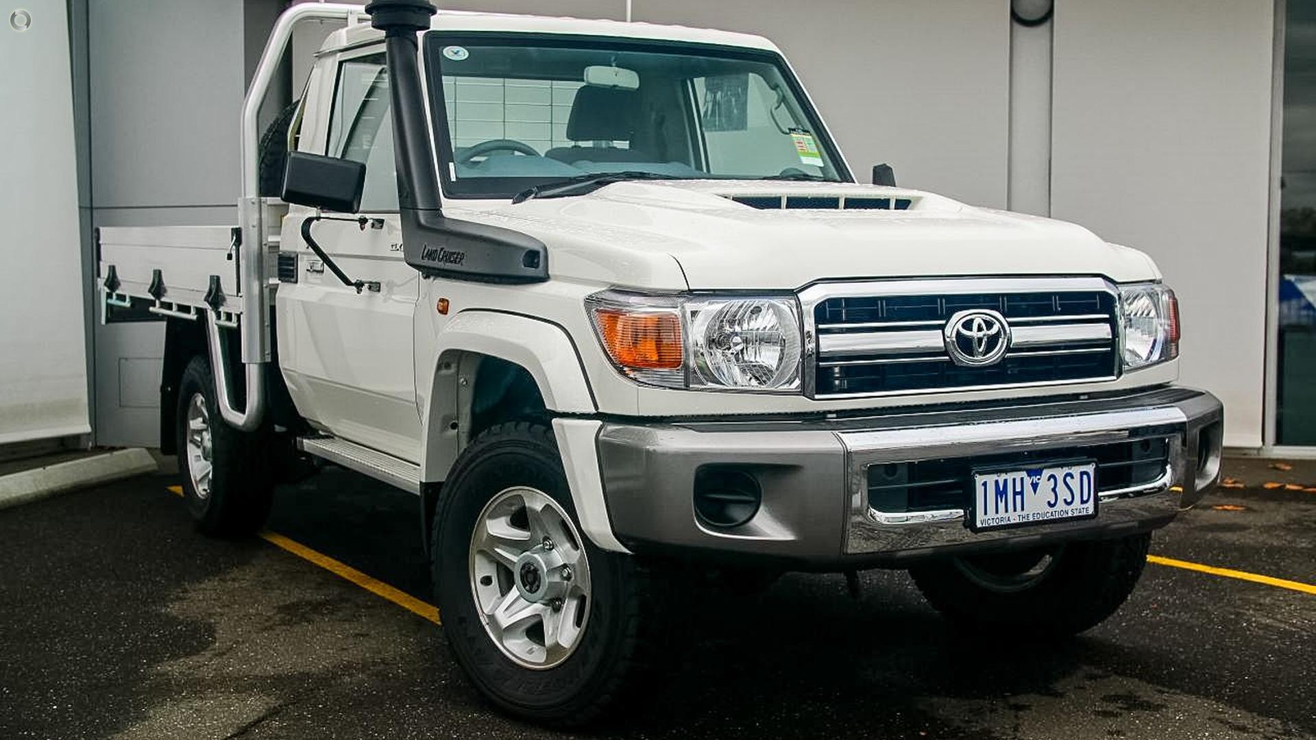 2017 Toyota Landcruiser Gxl