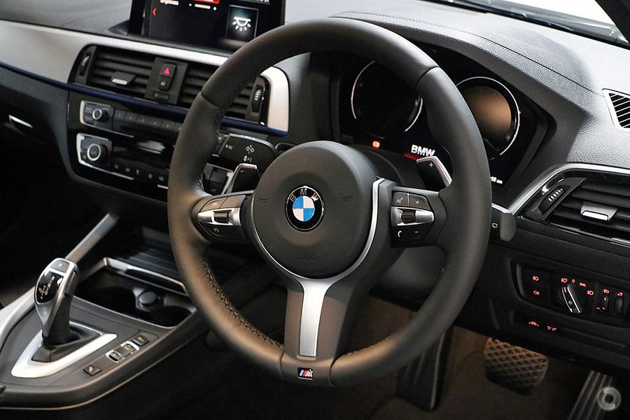2018 BMW 125i M Sport