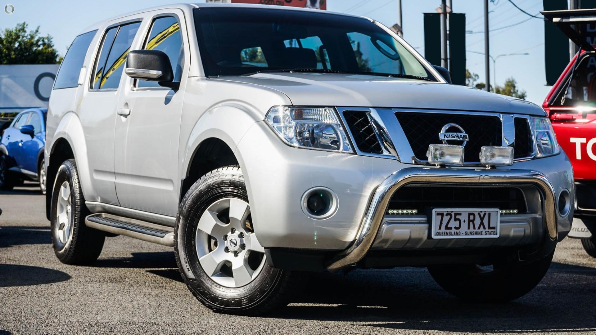 2011 Nissan Pathfinder St