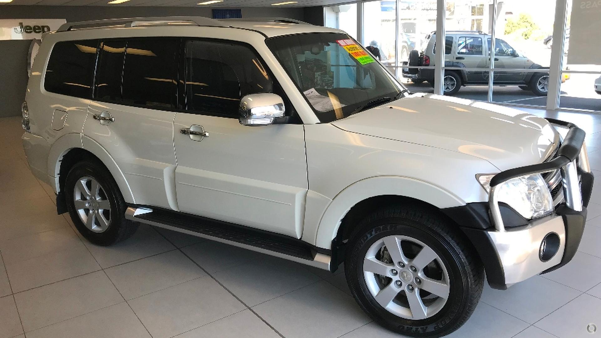 2011 Mitsubishi Pajero NT