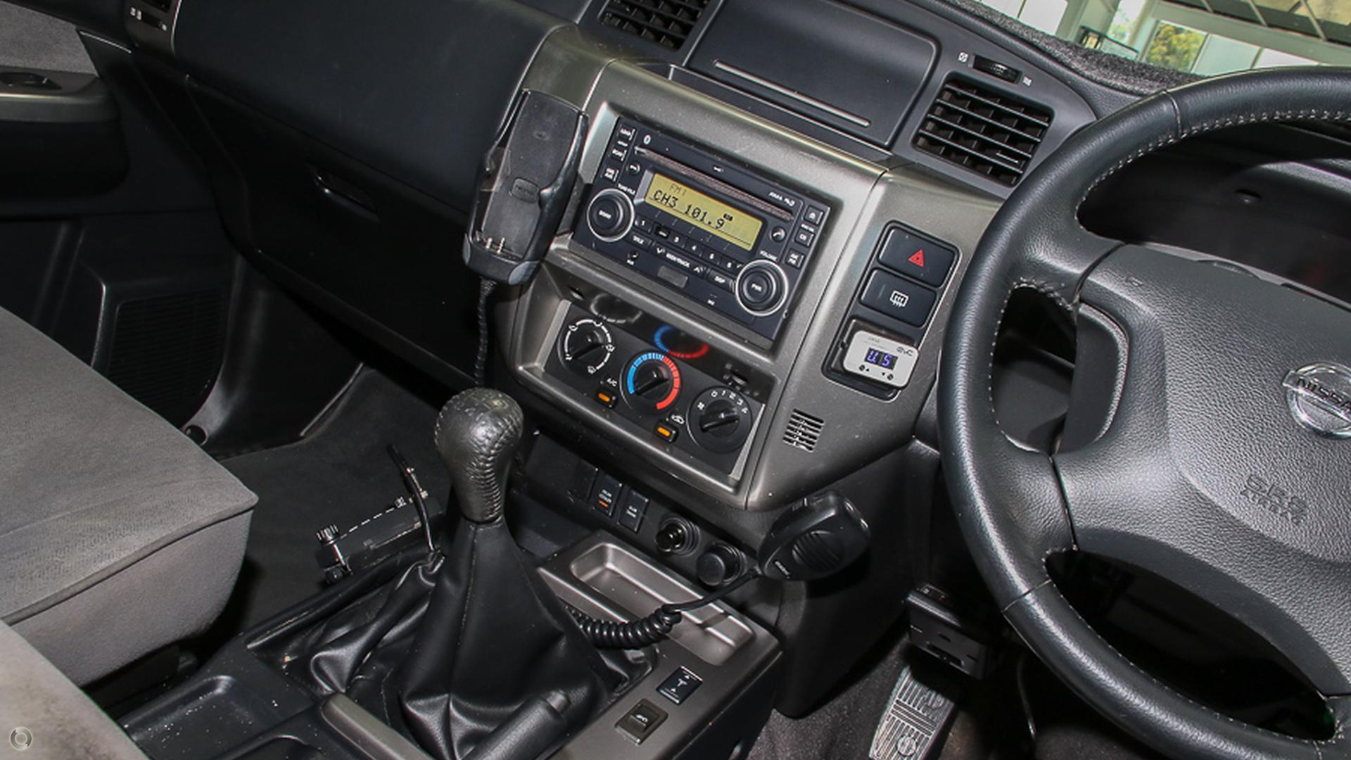 2011 Nissan Patrol ST GU 7