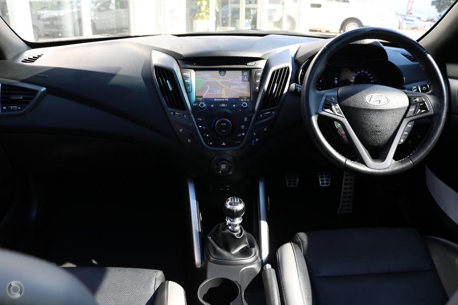 2016 Hyundai Veloster SR Turbo FS4 Series II
