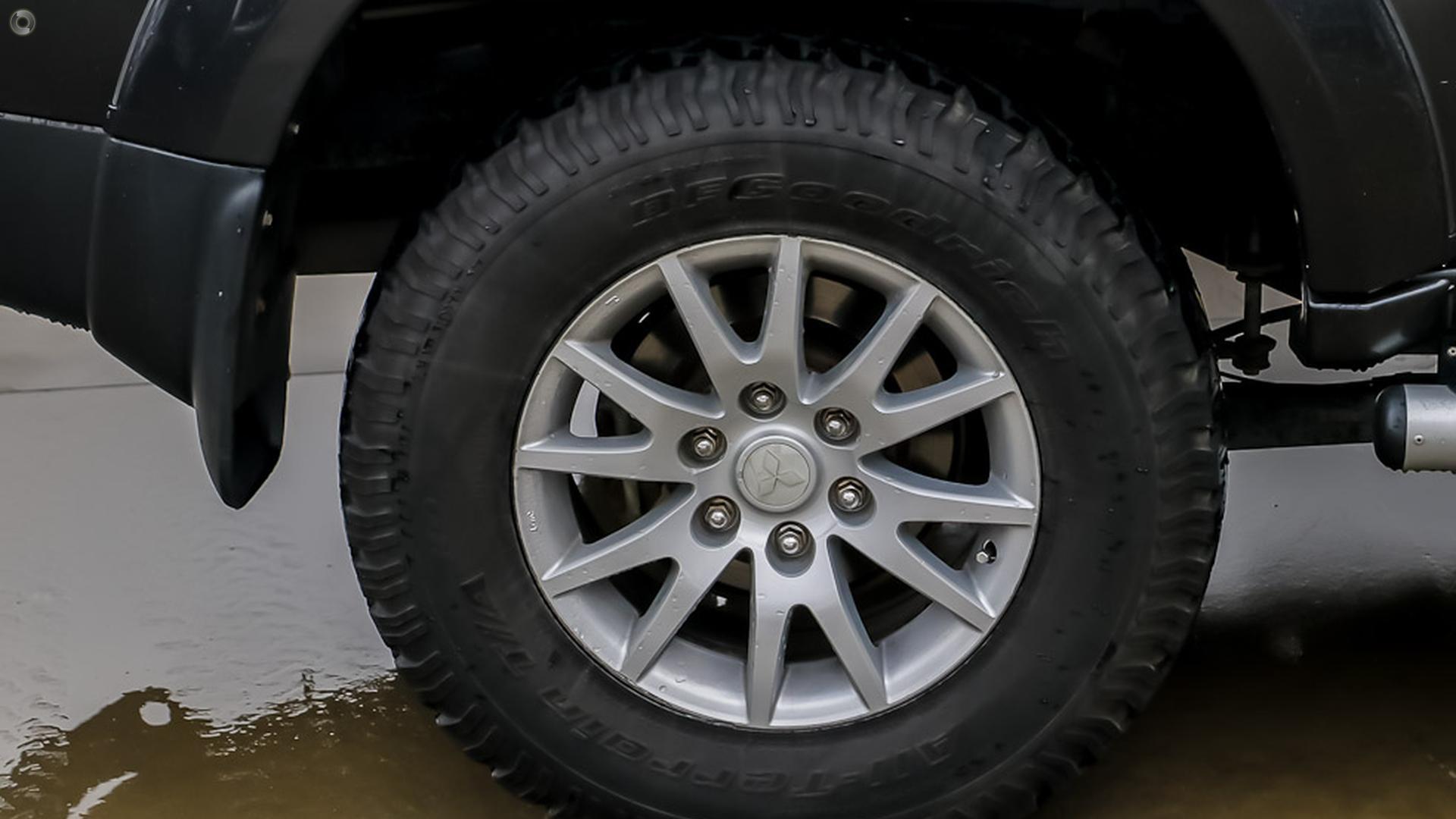 2011 Mitsubishi Challenger XLS PB