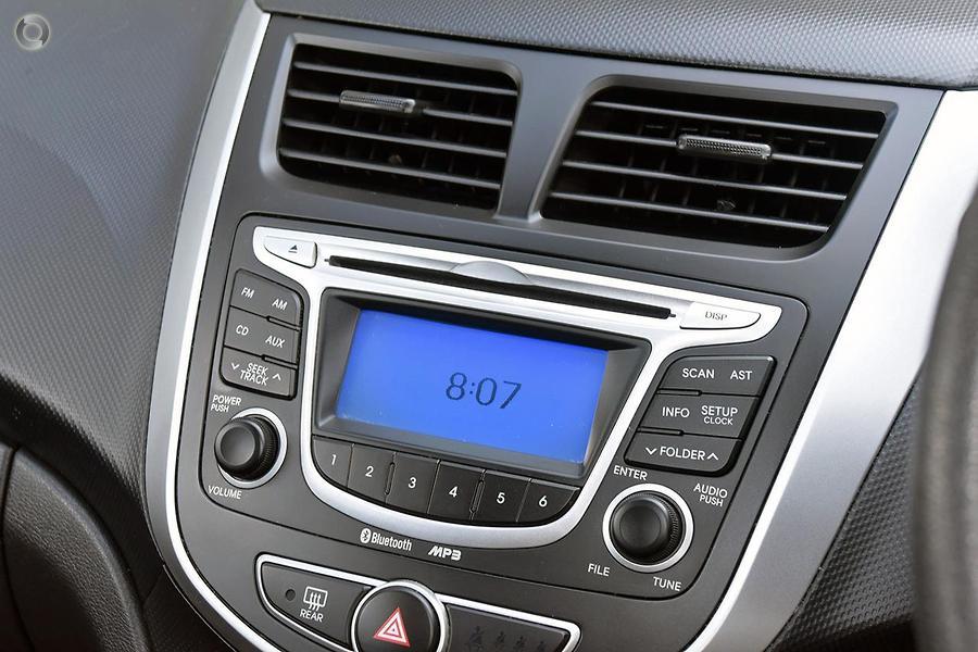 2012 Hyundai Accent Active RB