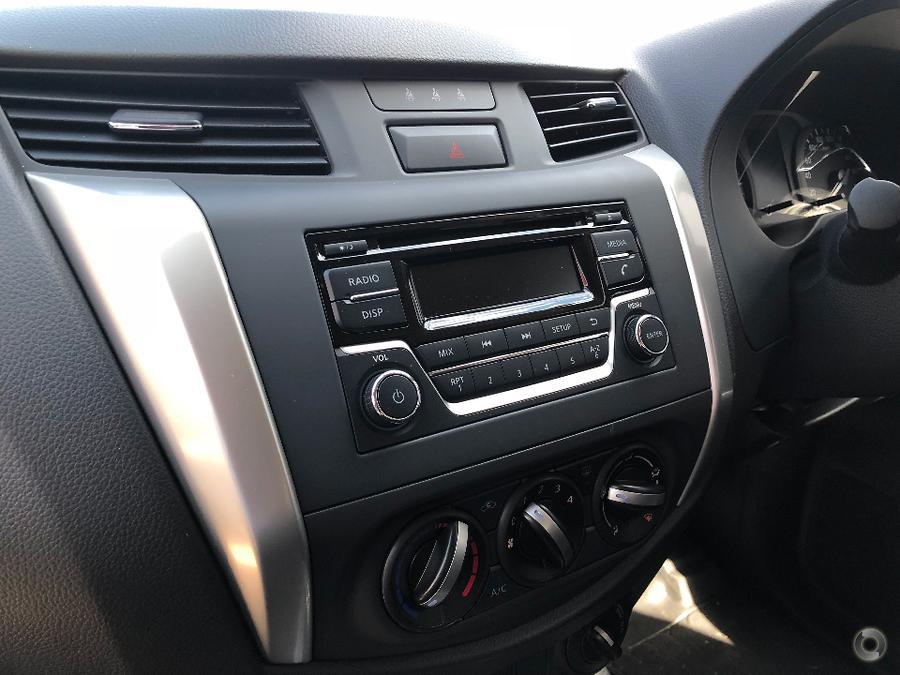 2017 Nissan Navara RX D23 Series 2