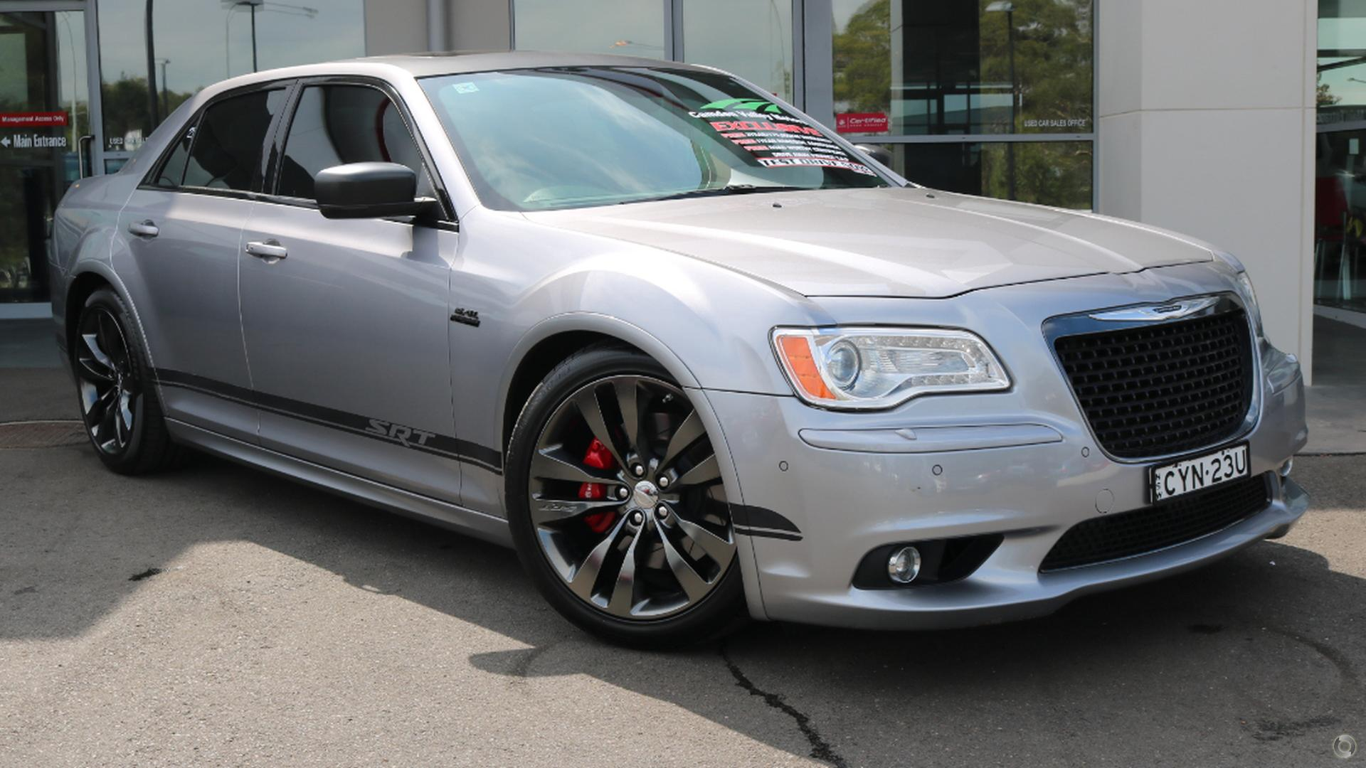 2014 Chrysler 300 Srt-8 Core Satin Vapour