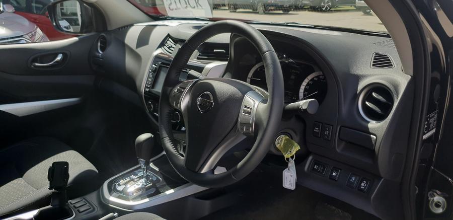 2018 Nissan Navara ST Black Edition