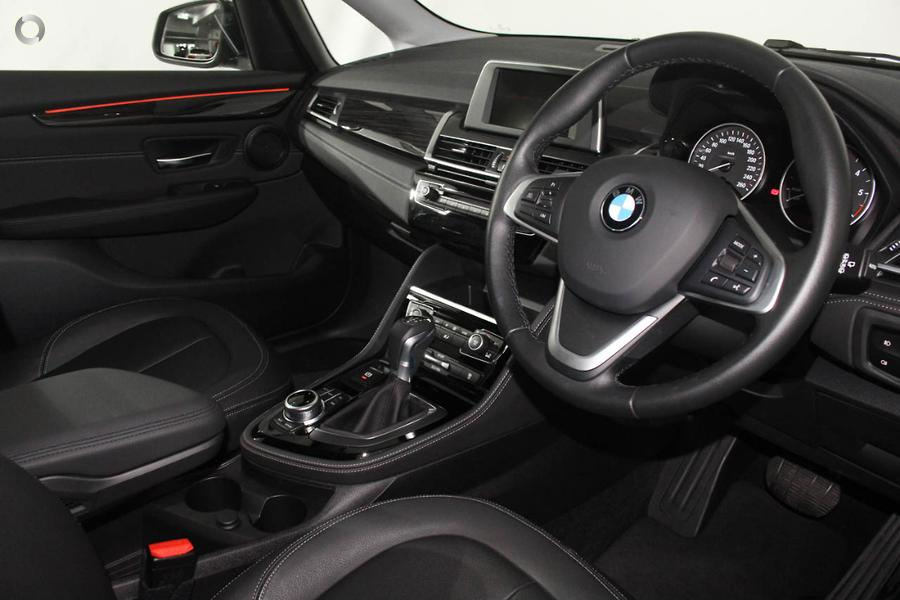 2018 BMW 218d Luxury Line