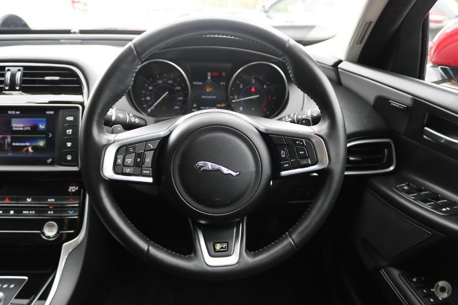 2016 Jaguar Xe 20d R-Sport X760