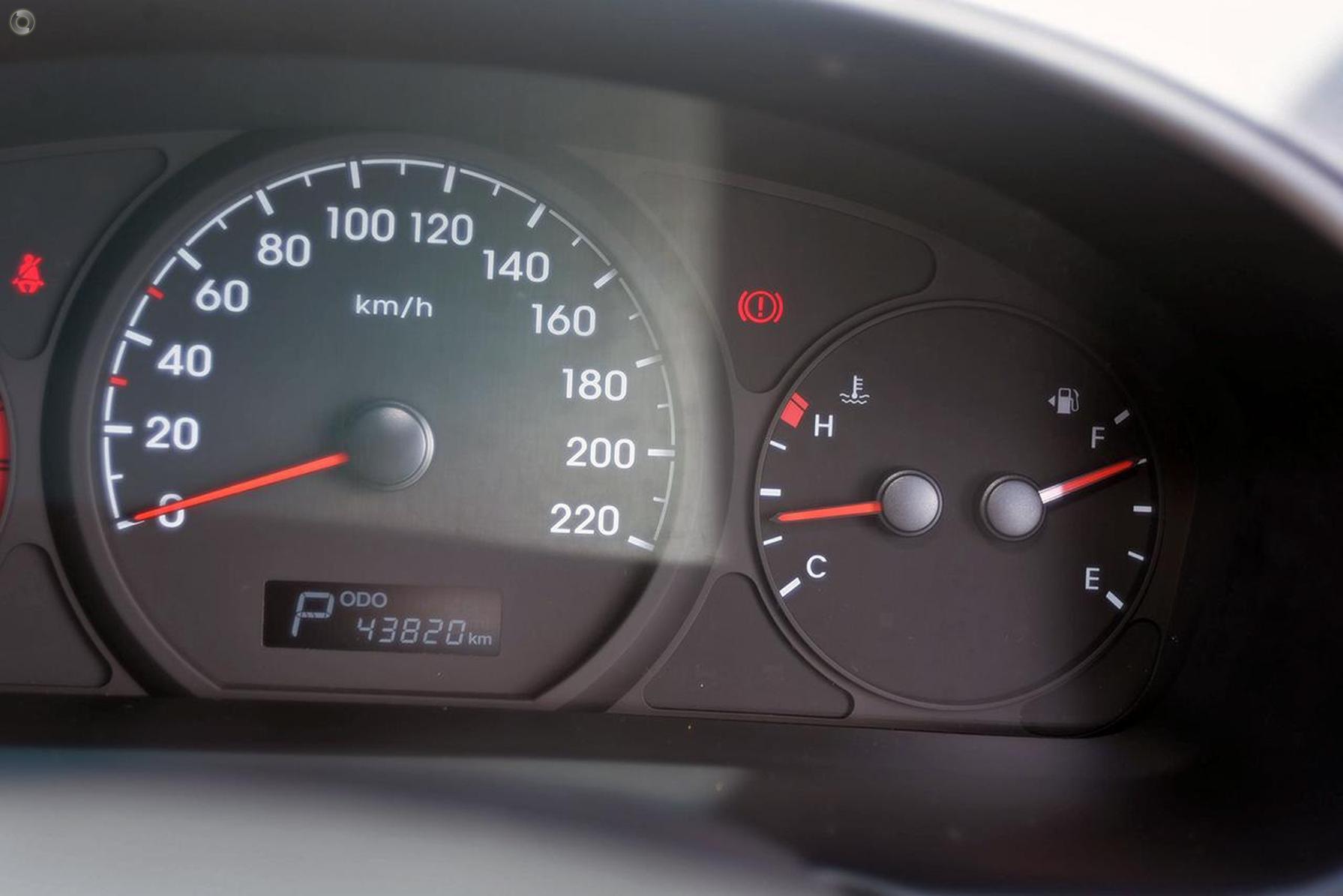 2016 Hyundai Iload  TQ3-V Series II