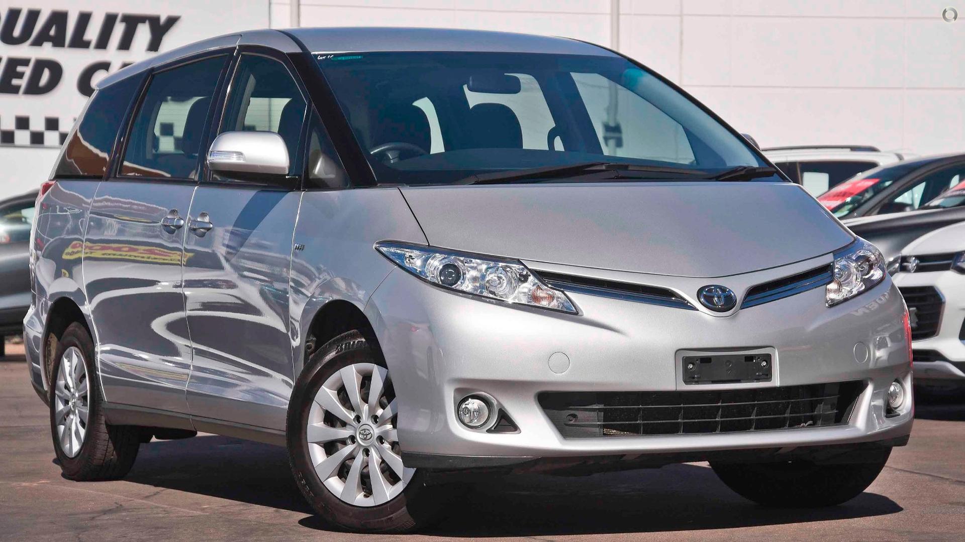 2014 Toyota Tarago Gli