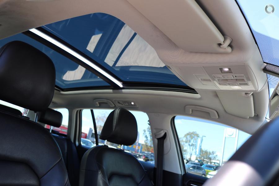 2014 Volkswagen Golf 103TSI Highline 7