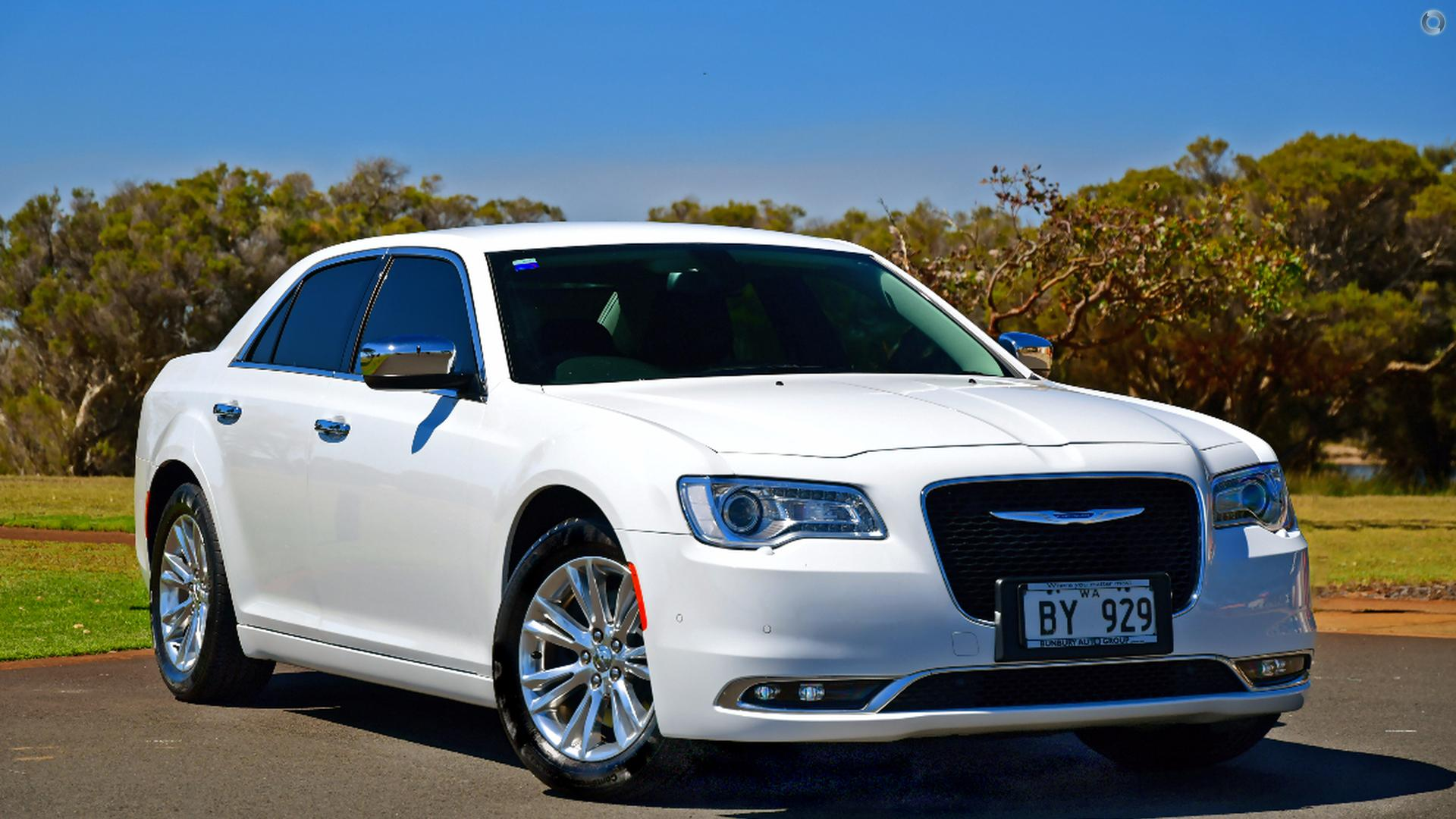 2016 Chrysler 300 LX