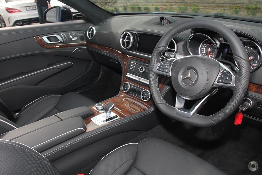 2017 Mercedes-Benz SL 500 Roadster
