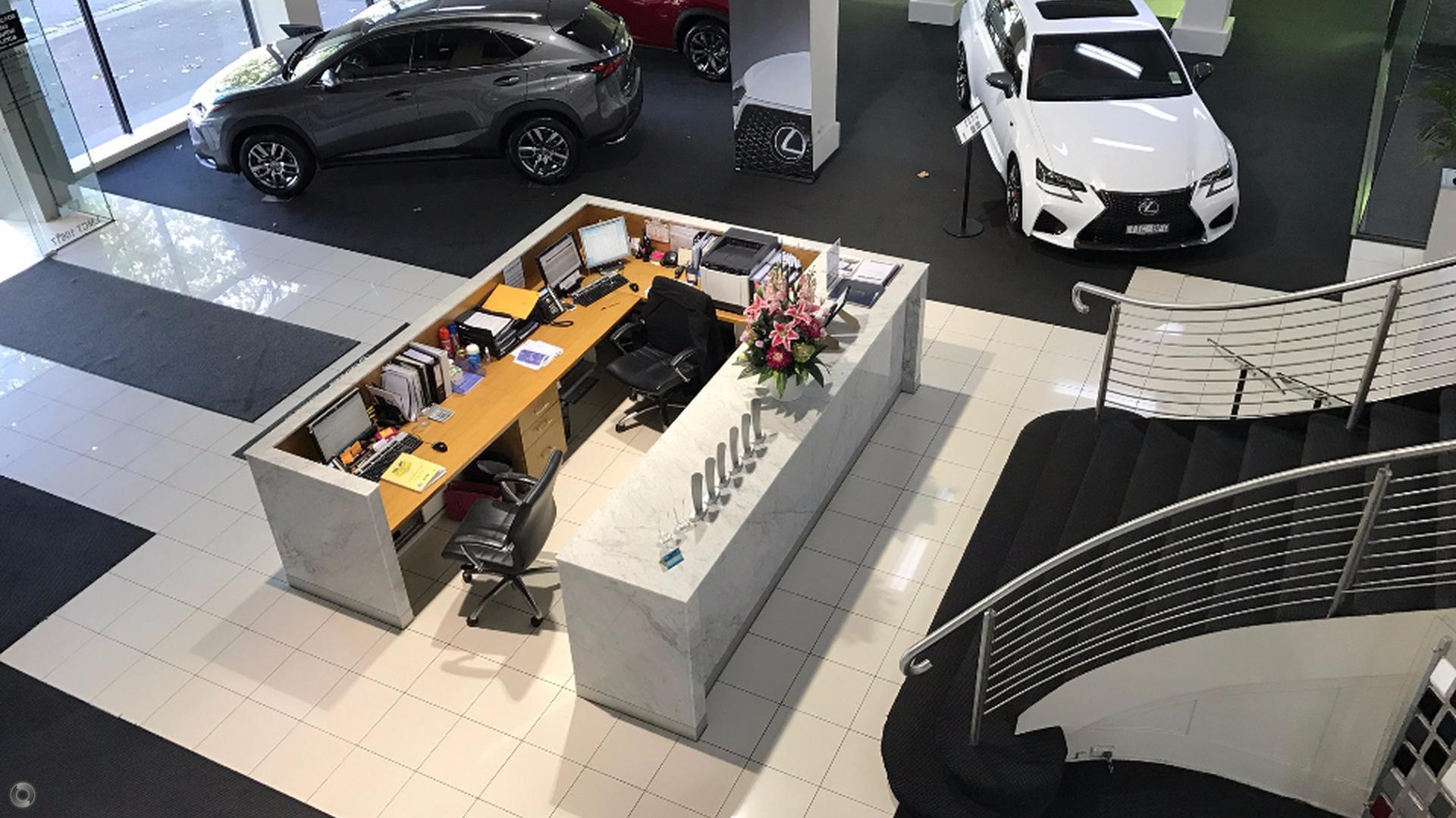 2017 Lexus Nx NX300h F Sport AYZ10R