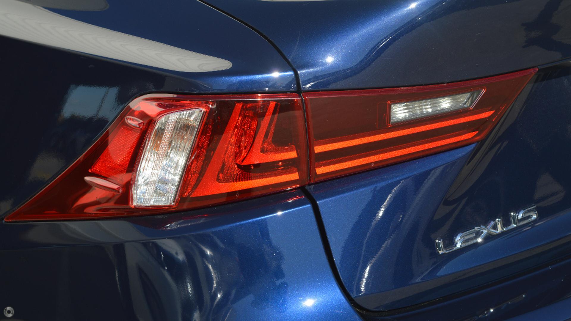 2013 Lexus Is250 Luxury GSE30R