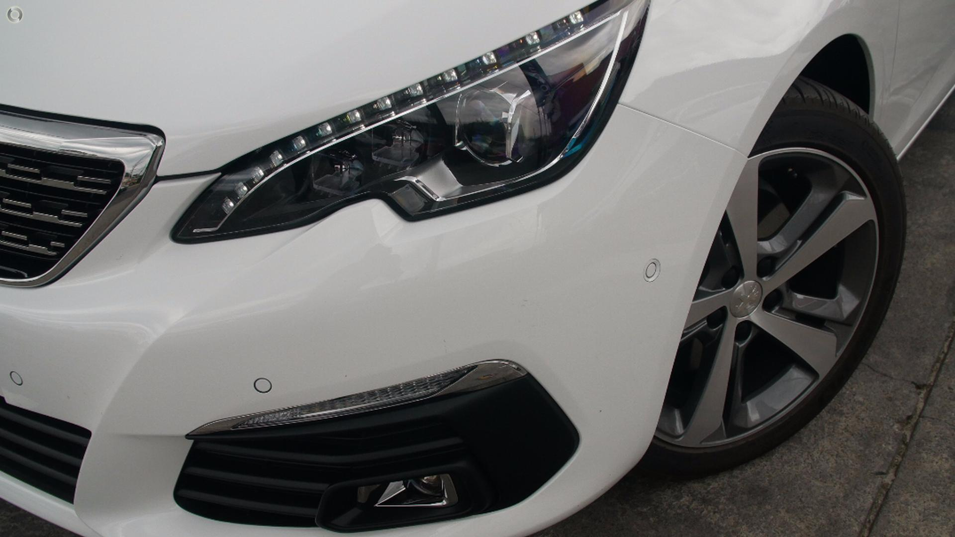 2017 Peugeot 308 Allure T9