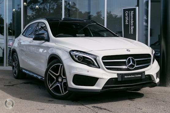 2015 Mercedes-Benz <br>GLA 180