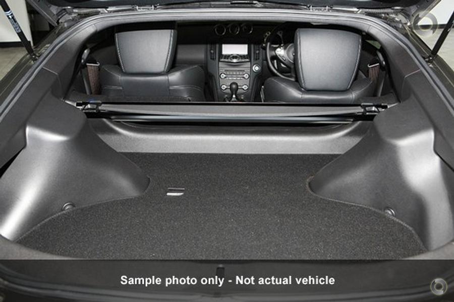 2017 Nissan 370z  Z34