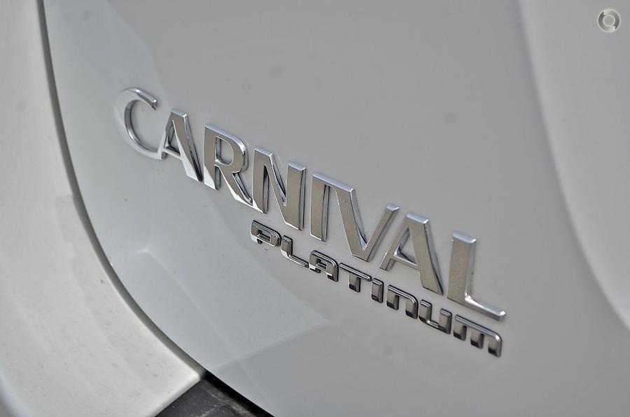 2017 Kia Carnival Platinum YP